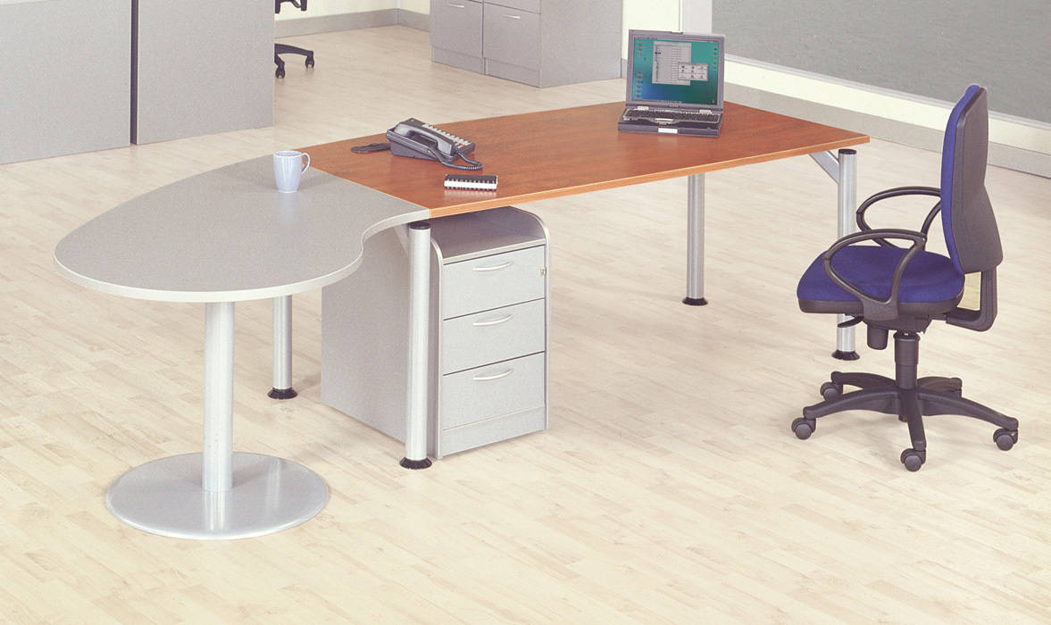Executive Desk With Meeting End